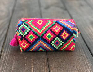 Huichol makeup bag