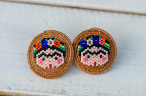 Frida pine needle stud earrings