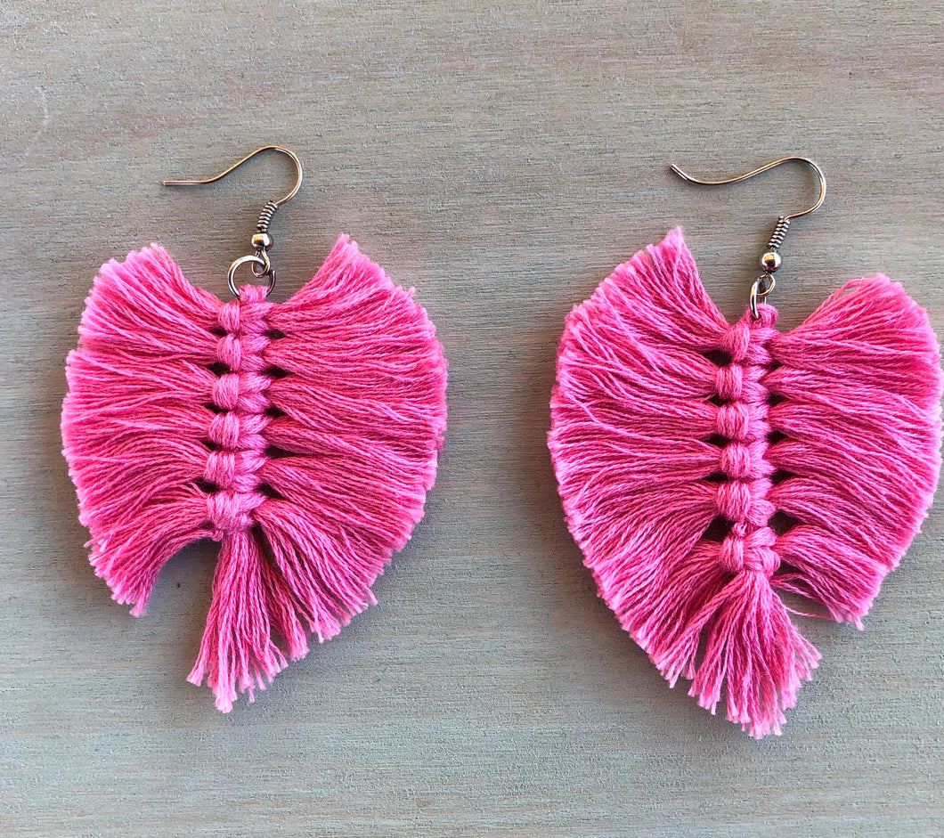 Fresa macramé earrings