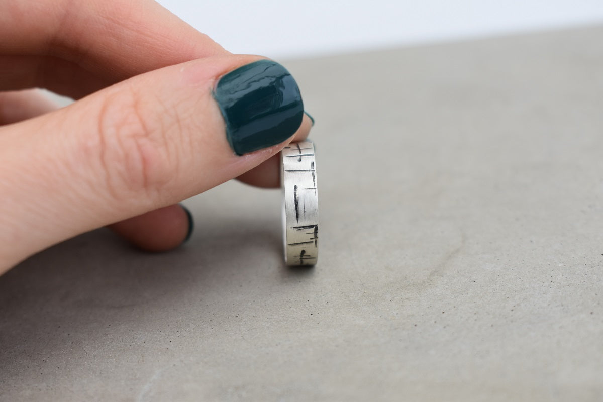A Maze In 4mm Ring