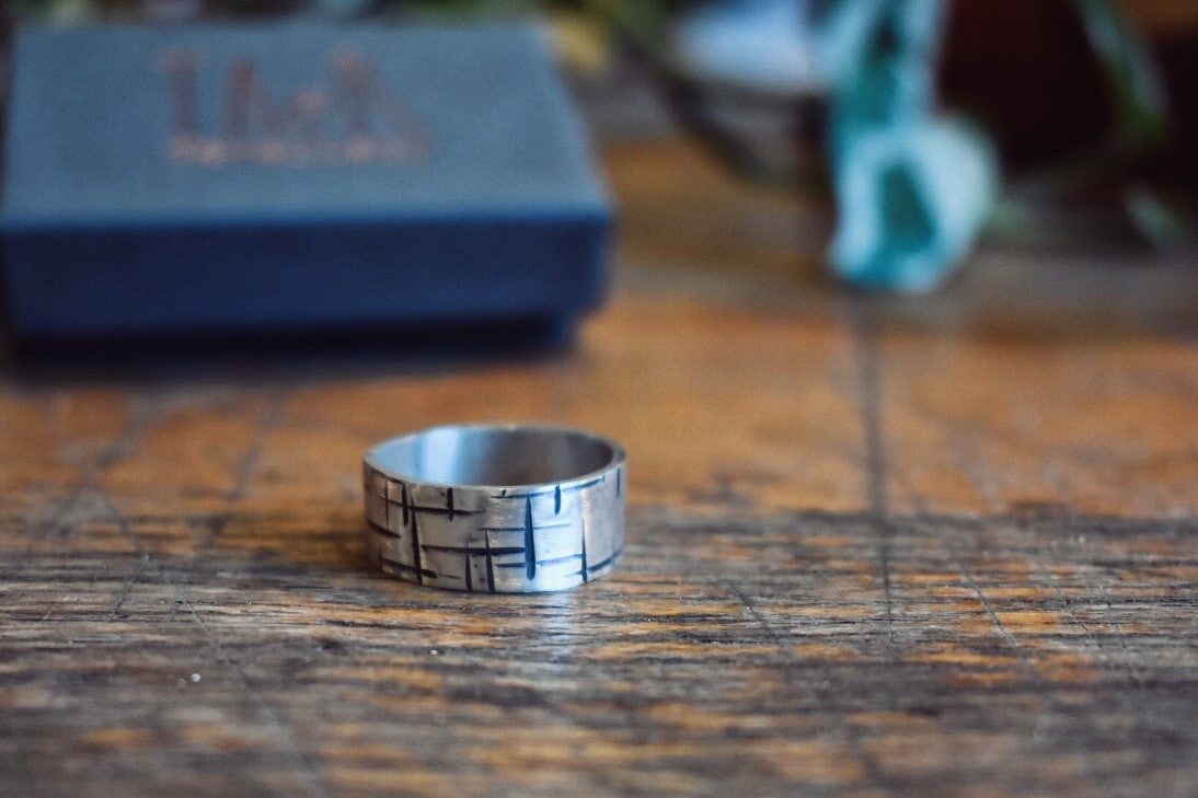 A Maze In 8mm Ring