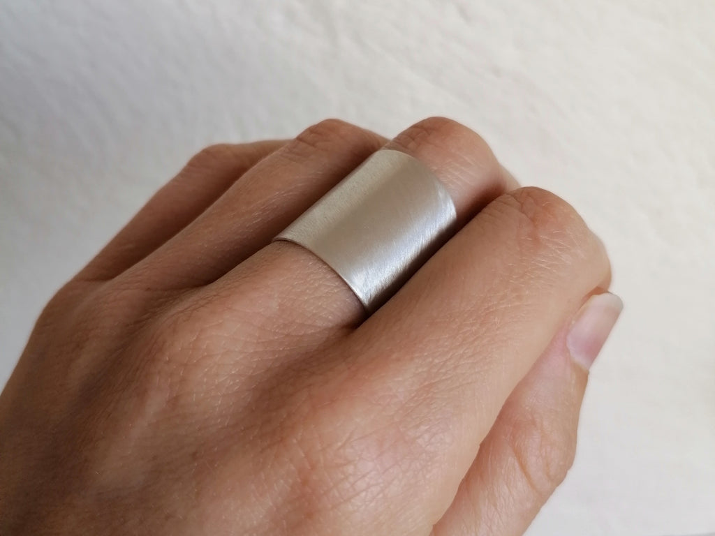 Brushed Wrap-around Ring
