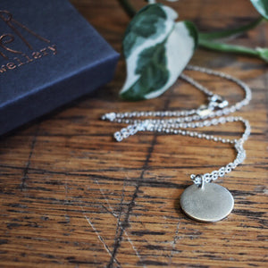 Frosted disc Necklace