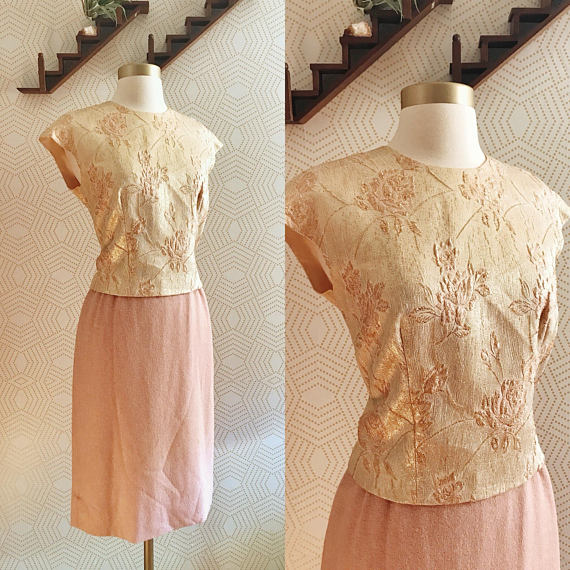 d4a41cd72b3909 1960s Blush Wool Skirt and Gold Floral Embroidered Crop Top – Folk   Cup