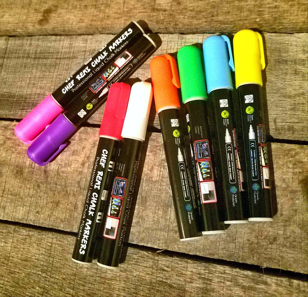 Wet chalk markers