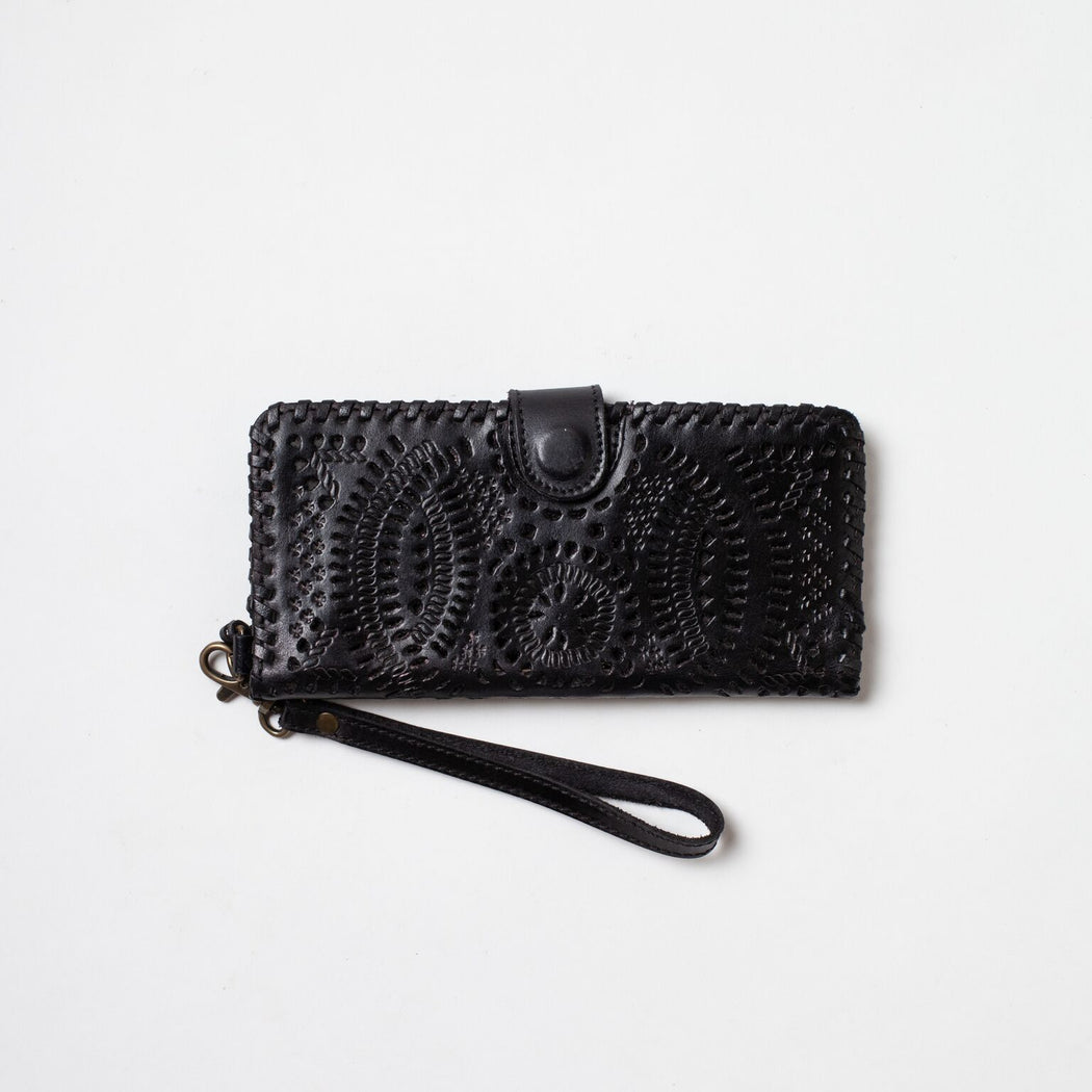 Daisy Snap Wallet