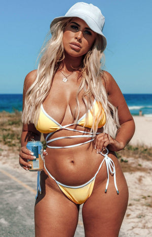https://files.beginningboutique.com.au/Adella-Wrap-Bikini-Top-Yellow.mp4