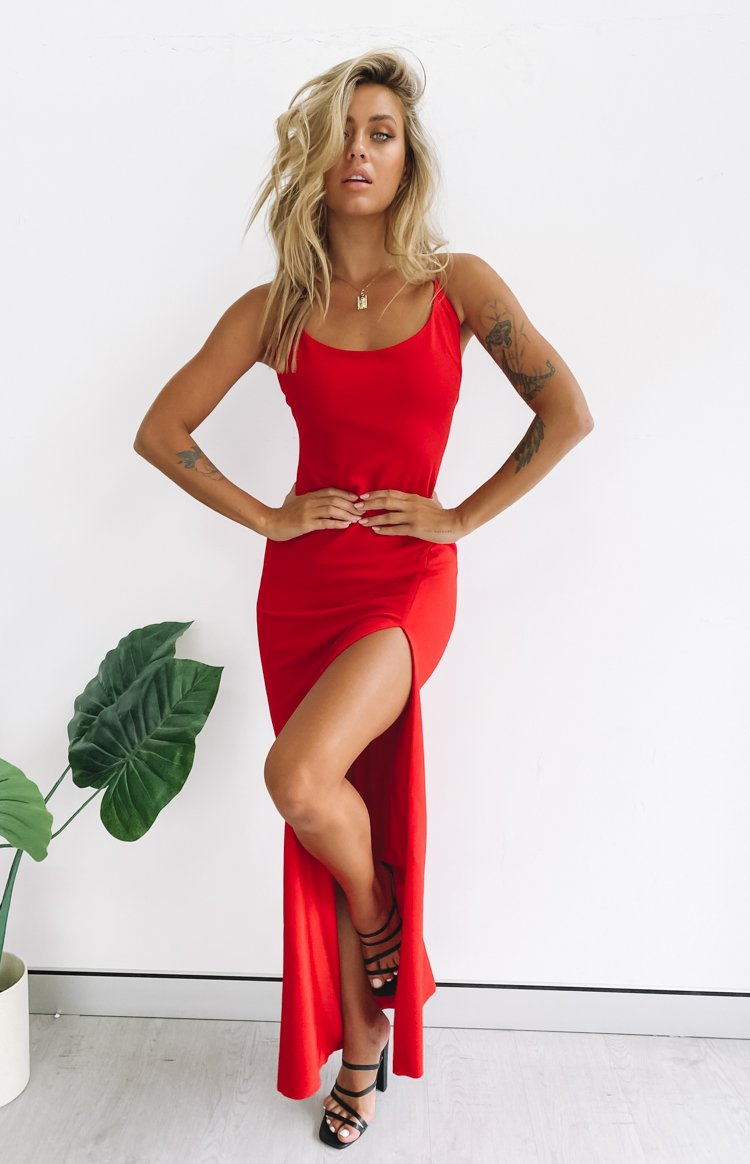 https://files.beginningboutique.com.au/20200316-alissa+formal+dress+red+.mp4