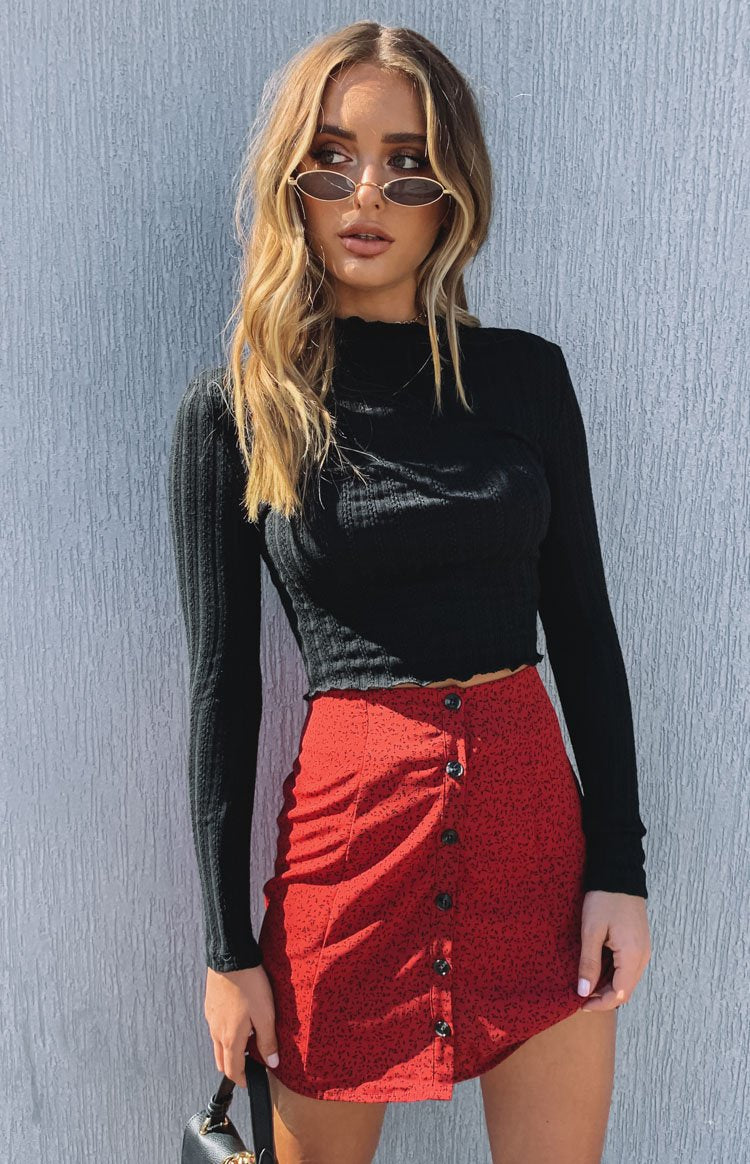 https://files.beginningboutique.com.au/Beyond+Her+Mila+Button+Skirt+Speckle+Print.mp4