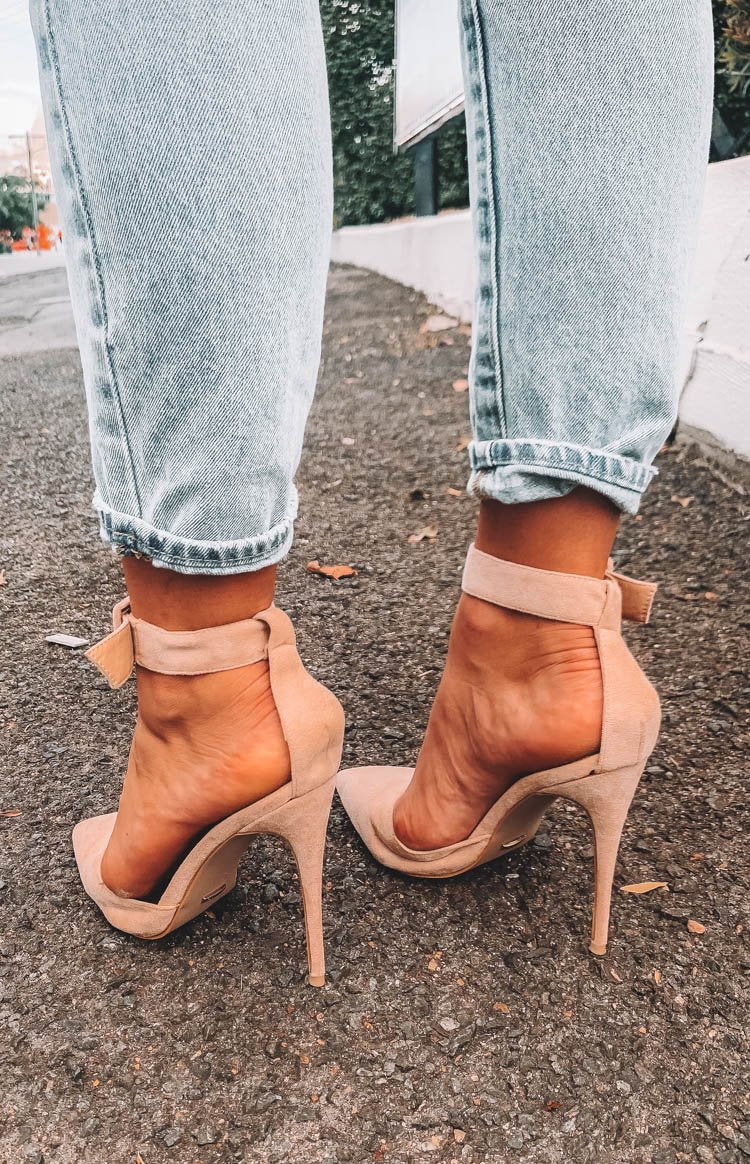 Billini Riley Heels Blush Suede