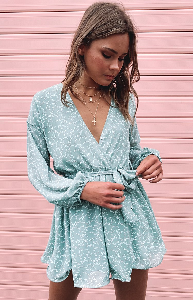 https://files.beginningboutique.com.au/Cece+playsuit+mint+print+1.mp4