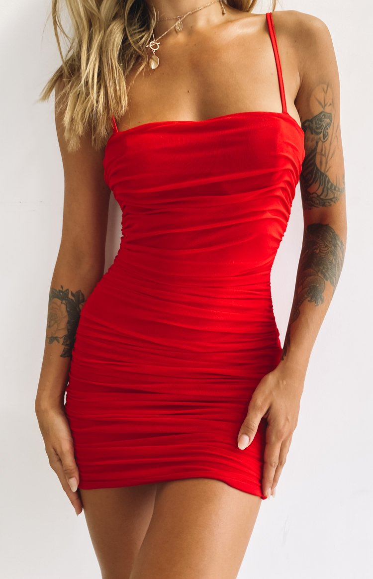 https://files.beginningboutique.com.au/20200323-Crazy+In+Love+Dress+Red-74.mp4