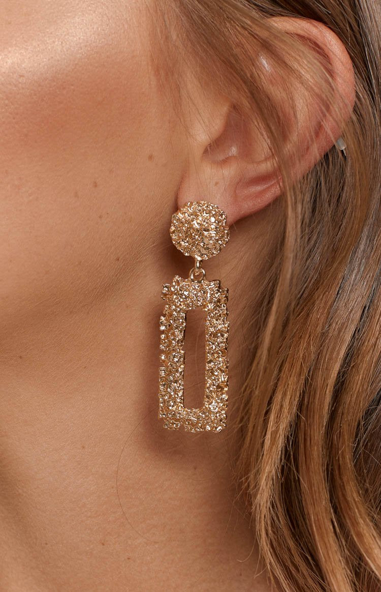Eclat Convince Earrings Gold