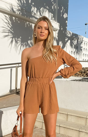 https://files.beginningboutique.com.au/20200810+-+Grotta+Playsuit+White.mp4