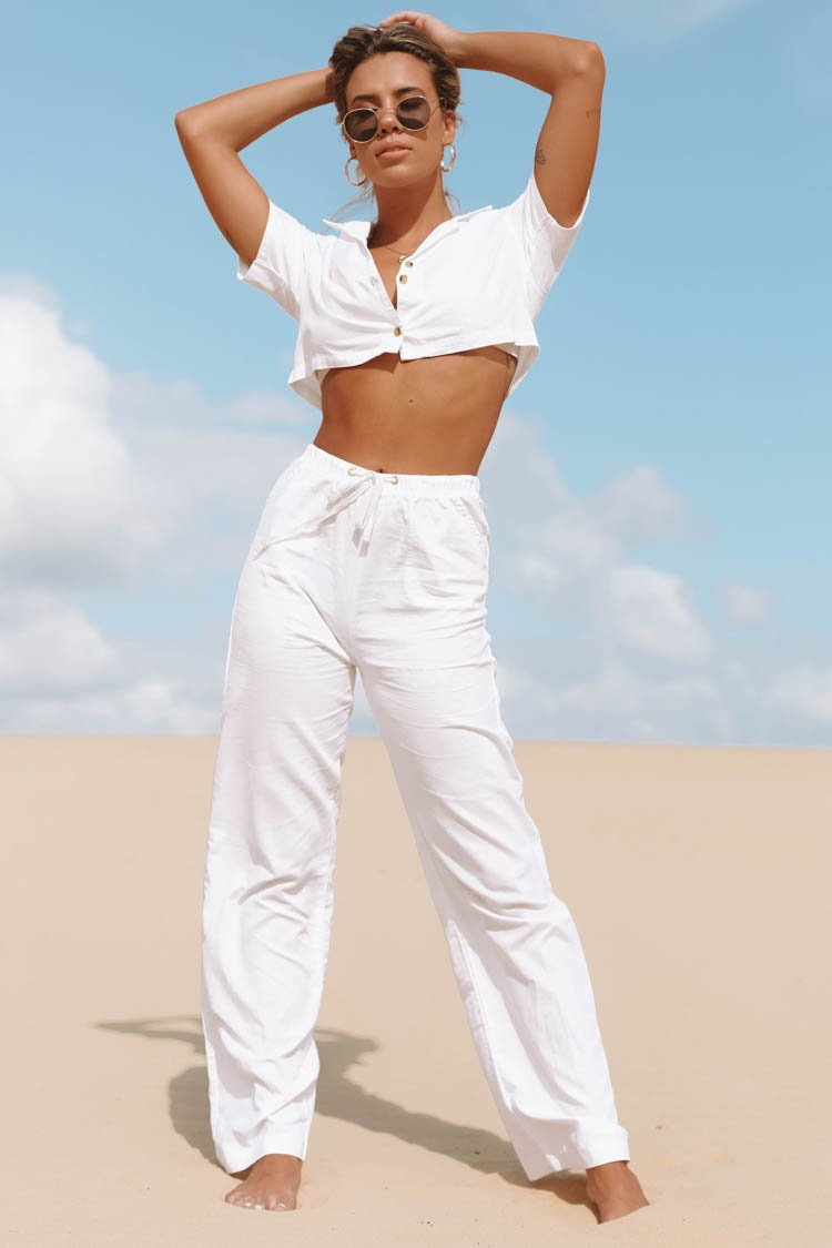 https://files.beginningboutique.com.au/Sage+Linen+Pants+White.mp4