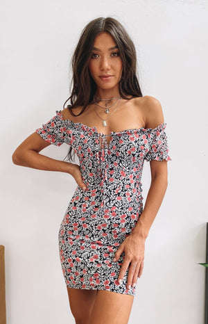 https://files.beginningboutique.com.au/20200330-Savona+Dress+Black+Foral+-+W79468-55.mp4