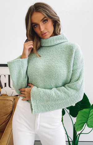 https://files.beginningboutique.com.au/20200624+-+Snowi+fuzzy+winter+knitter+sweater.mp4