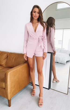 https://files.beginningboutique.com.au/20200122-So+Into+You+Party+Playsuit+Dusty+Pink.mp4