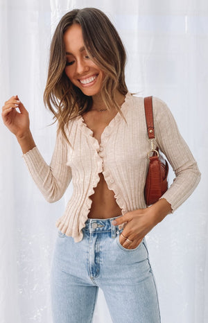 https://files.beginningboutique.com.au/20200617-Soleil+Cardigan+Beige.mp4