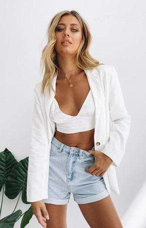 https://files.beginningboutique.com.au/20200323-Stassie+Linen+Blend+Blazer+White.mp4
