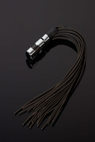 The Vega Crystal Handle Flogger