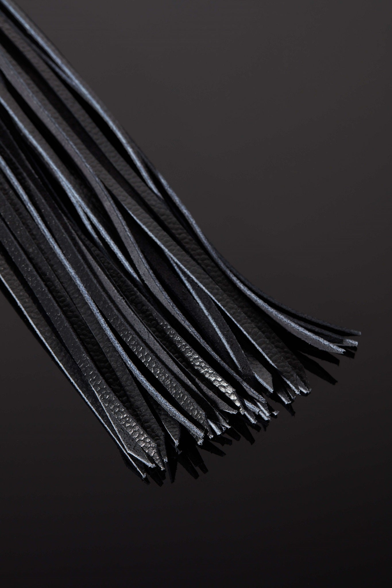 House of SXN Luxury Leather Bondage Vega Glass Flogger Ends