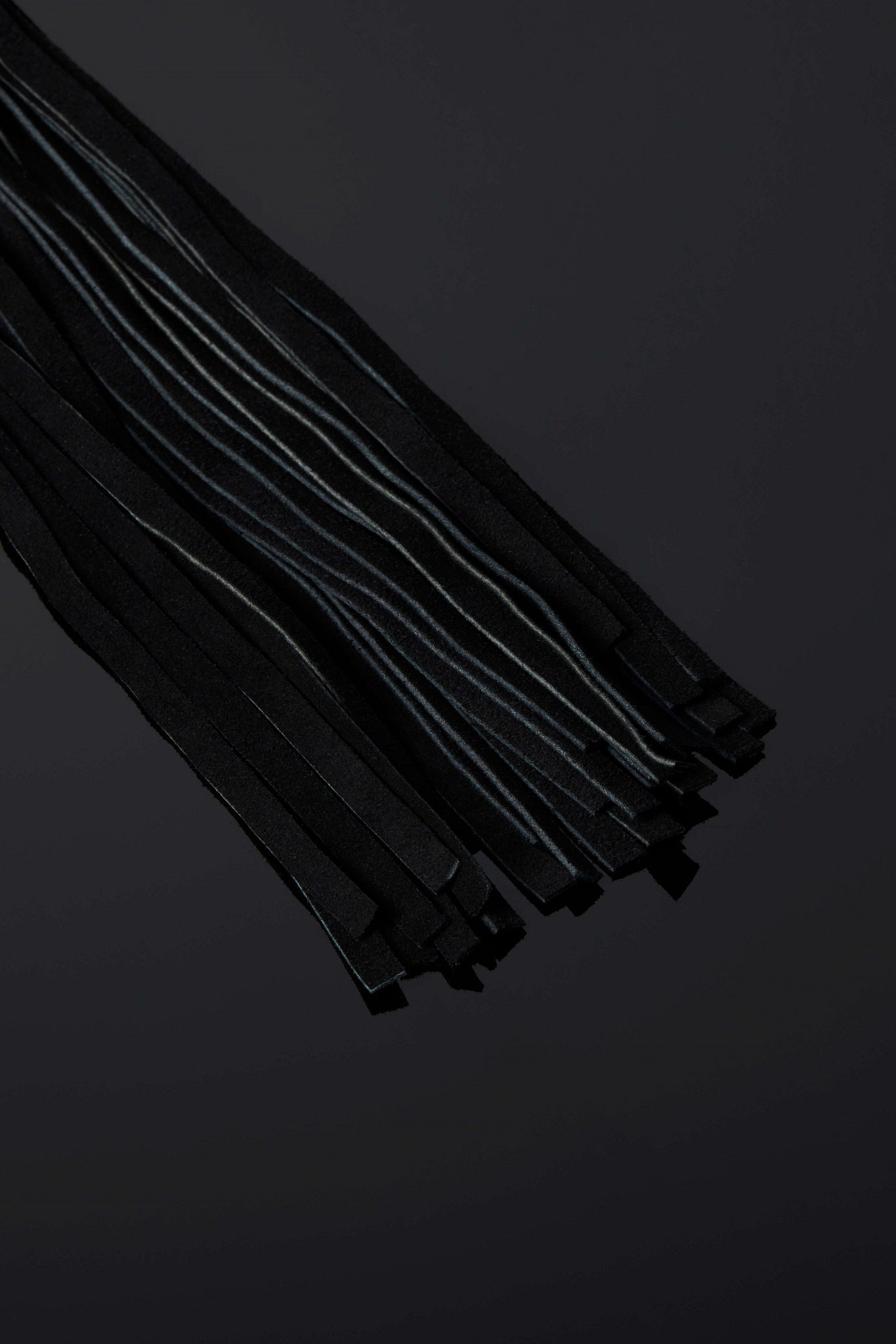 House of SXN Servage Snap Chain Suede Bondage Flogger 2