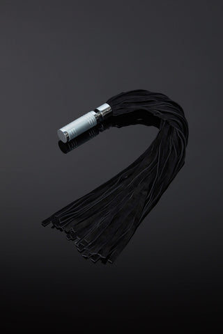 The Dyonis Leather Flogger