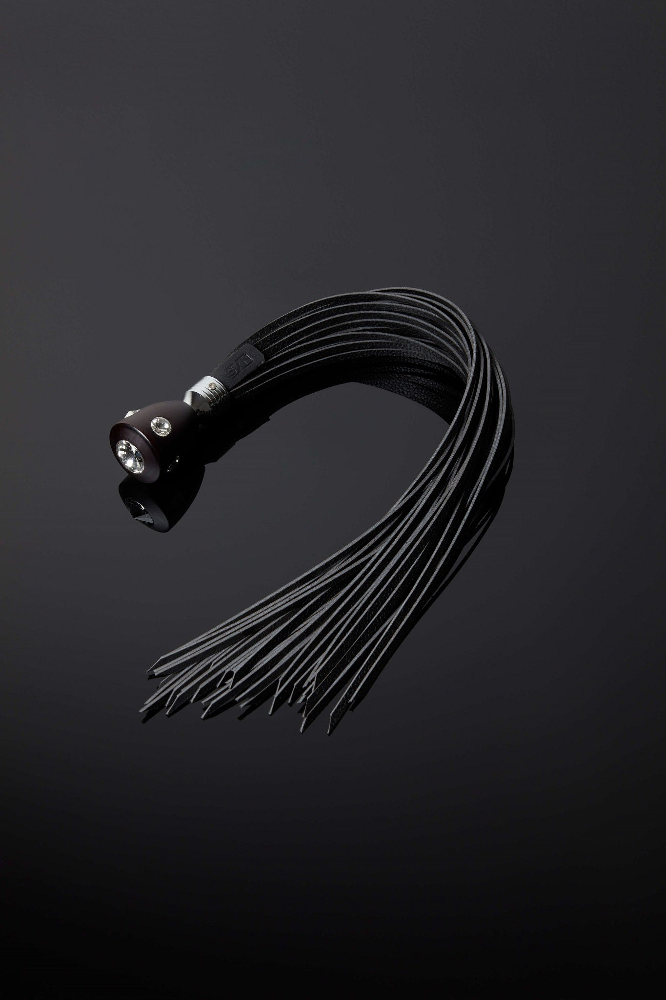 House of SXN The Imperial Crystal Handle Flogger 1