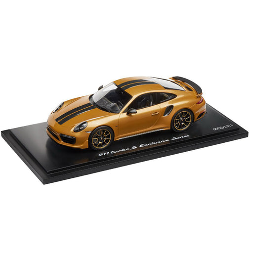 Porsche 911 turbo S Exclusive Series 1:18 Model