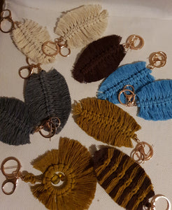 Feather macrame keyrings with rose gold clip