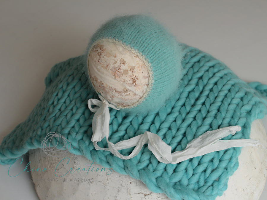 French Angora Bonnet & Chunky Merino Mini Blanket Set - Biscayne