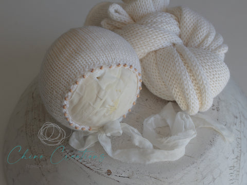 "'Leura' Bead Edge Bonnet & 70"" Wrap Set - White - Deluxe Alpaca"