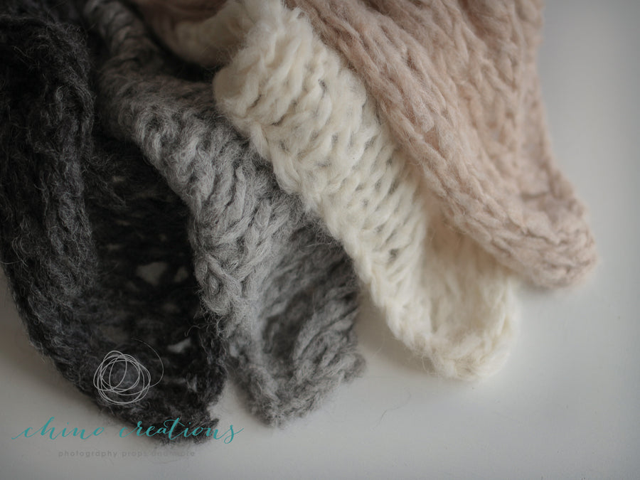 Rustic Wispy Textured Layer - Grey