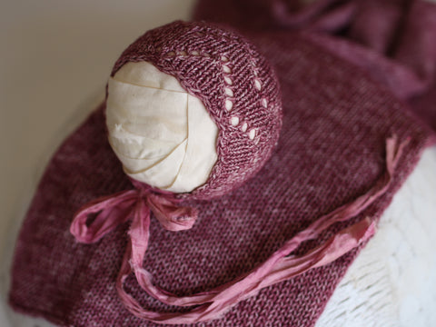 Lace Bonnet with silk ties - Ruby Pink - Newborn