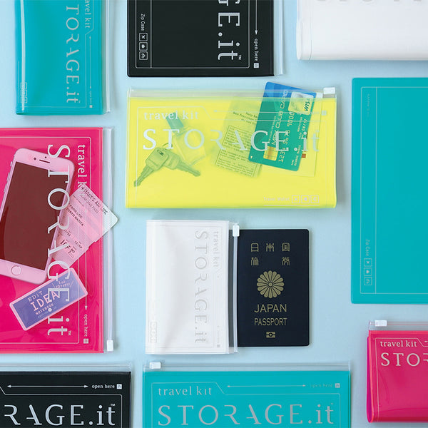 STORAGE.It Travel Wallet - White