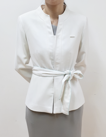 Healthcare consultant jacket with round neck border brims and sash