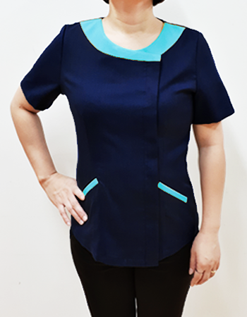 Scrub blouse with wide brim constrast color neckline