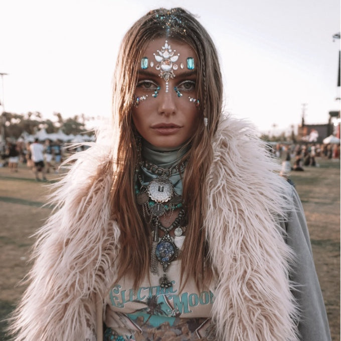 FESTIVAL MAKEUP, face art crystal embellishments. THE GLITTER TRIBE  supplies you with the bling to create a masterpiece on your face. Turn up to your next festival with the most beautiful bio glitter and bling all over your face.