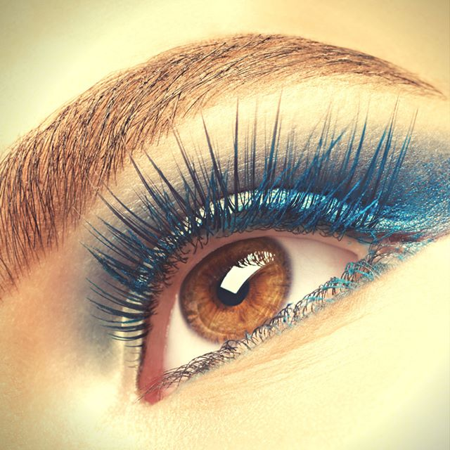 Add More Color to Your Eyes with Colored Eyelash Extensions