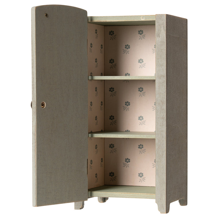 Maileg Vintage closet w. shelves, Mini - Mint/Grey