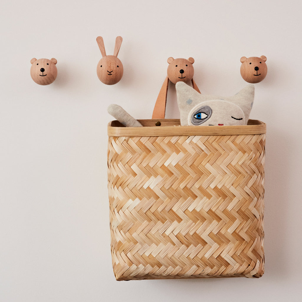 wooden bear and rabbit hooks from Oyoy living design