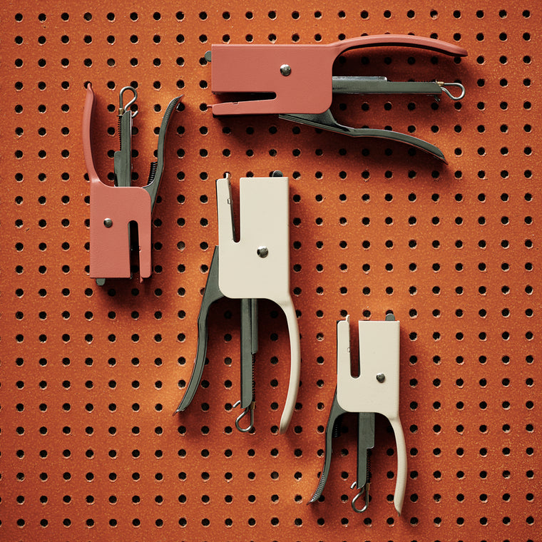 Monograph Stapler, Supply, Paprika