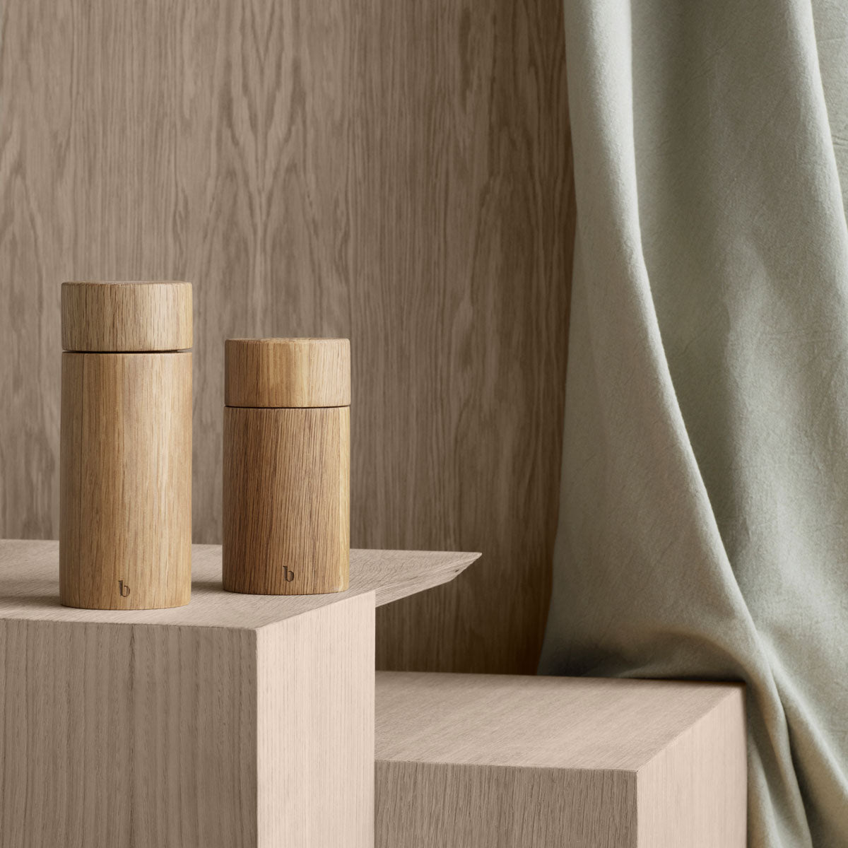 Oak Salt Pepper Grinder 2 sizes