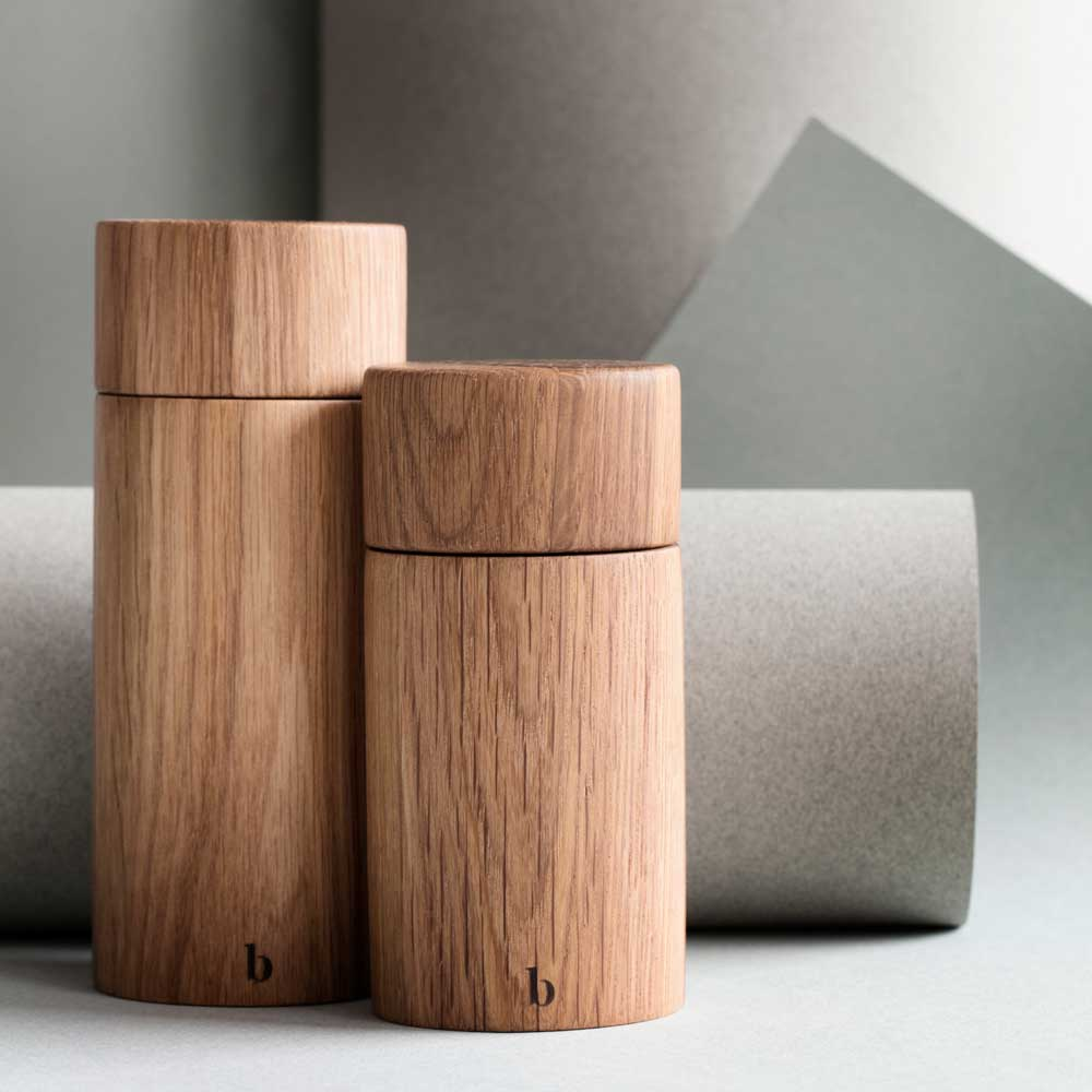 Salt and pepper grinder in Oak wood from Broste Copenhagen