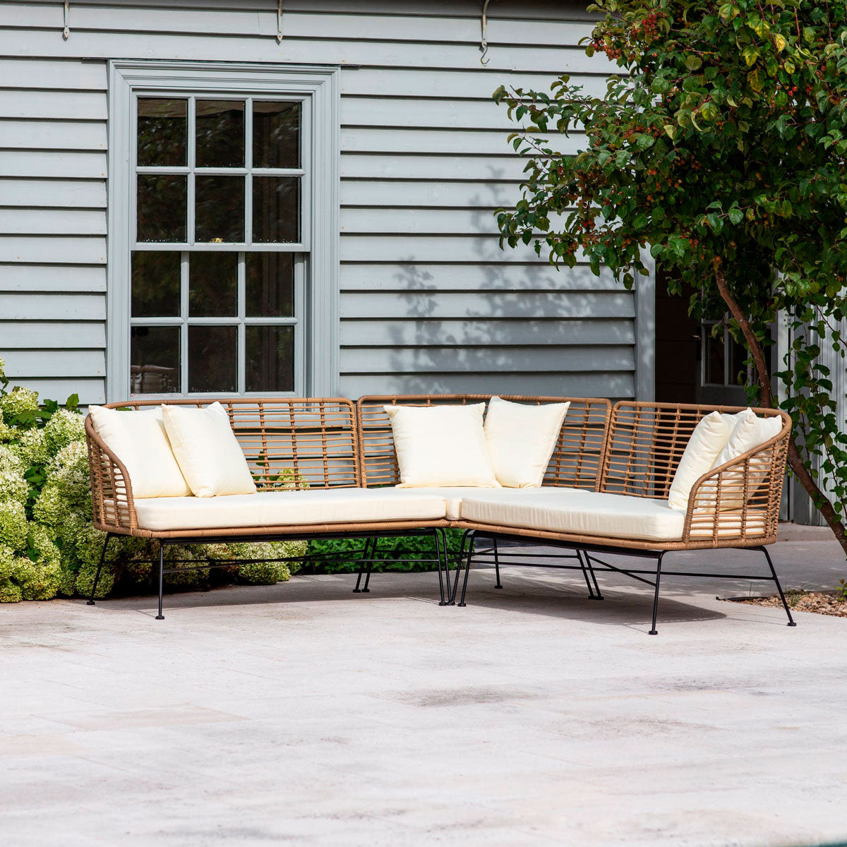 Hamstead corner sofa all weather bamboo garden trading