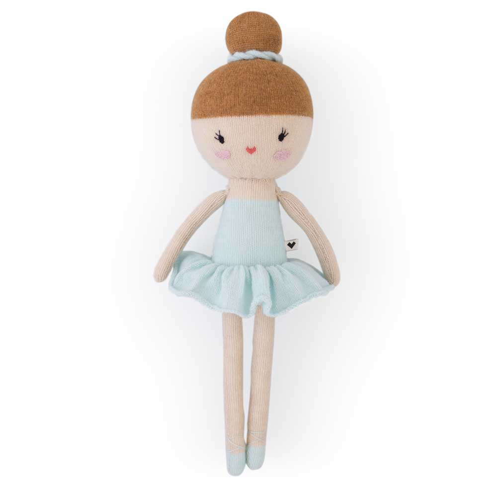 Friend No. 29 – Ballerina Maya blue knitted lauvely