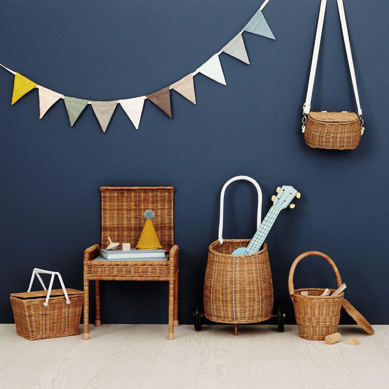 wicker basket with wheels for children