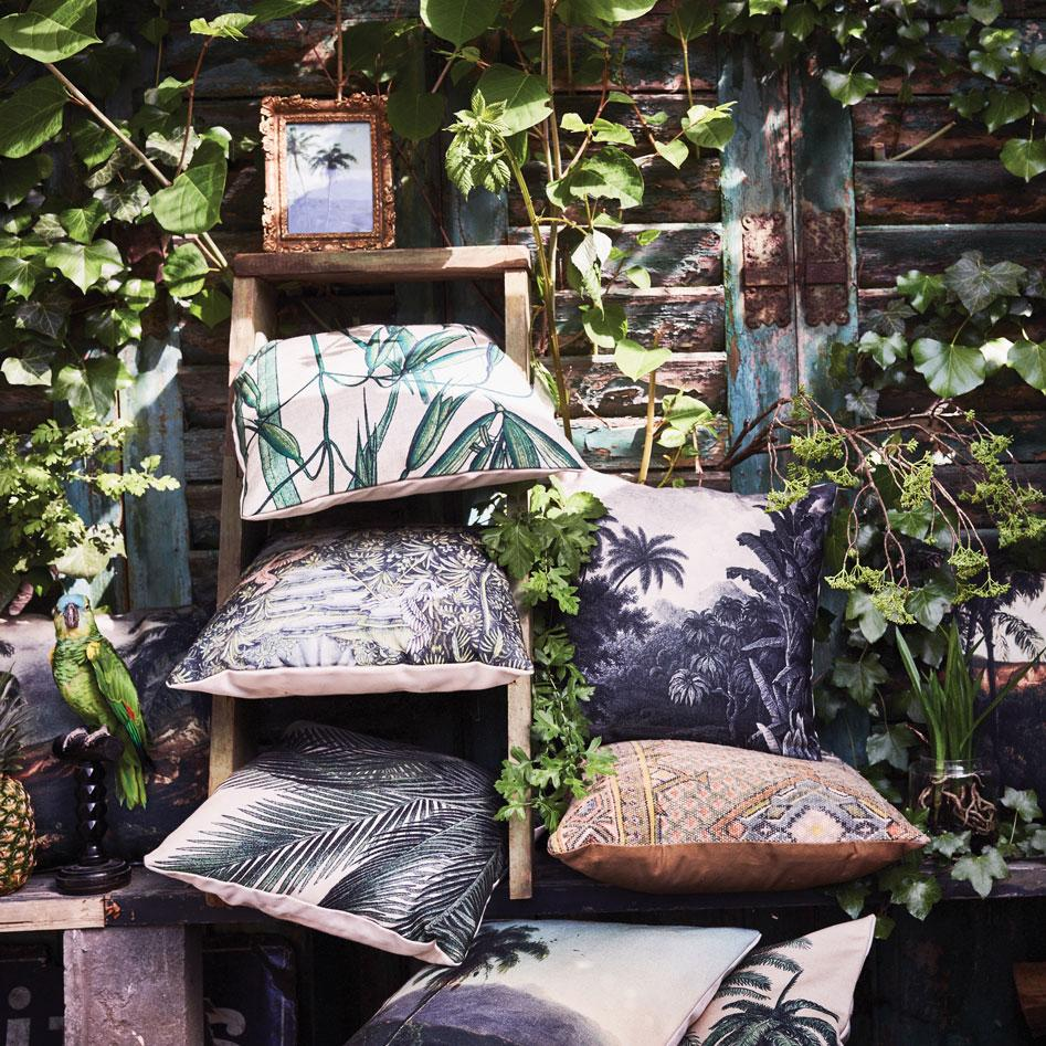 HK Living printed cushions