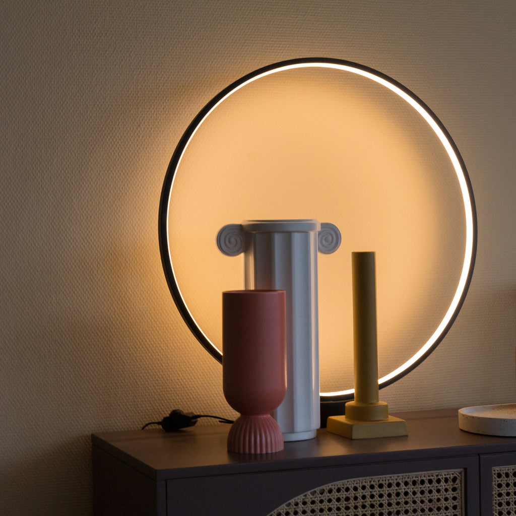 HK living luminous circle table lamp black